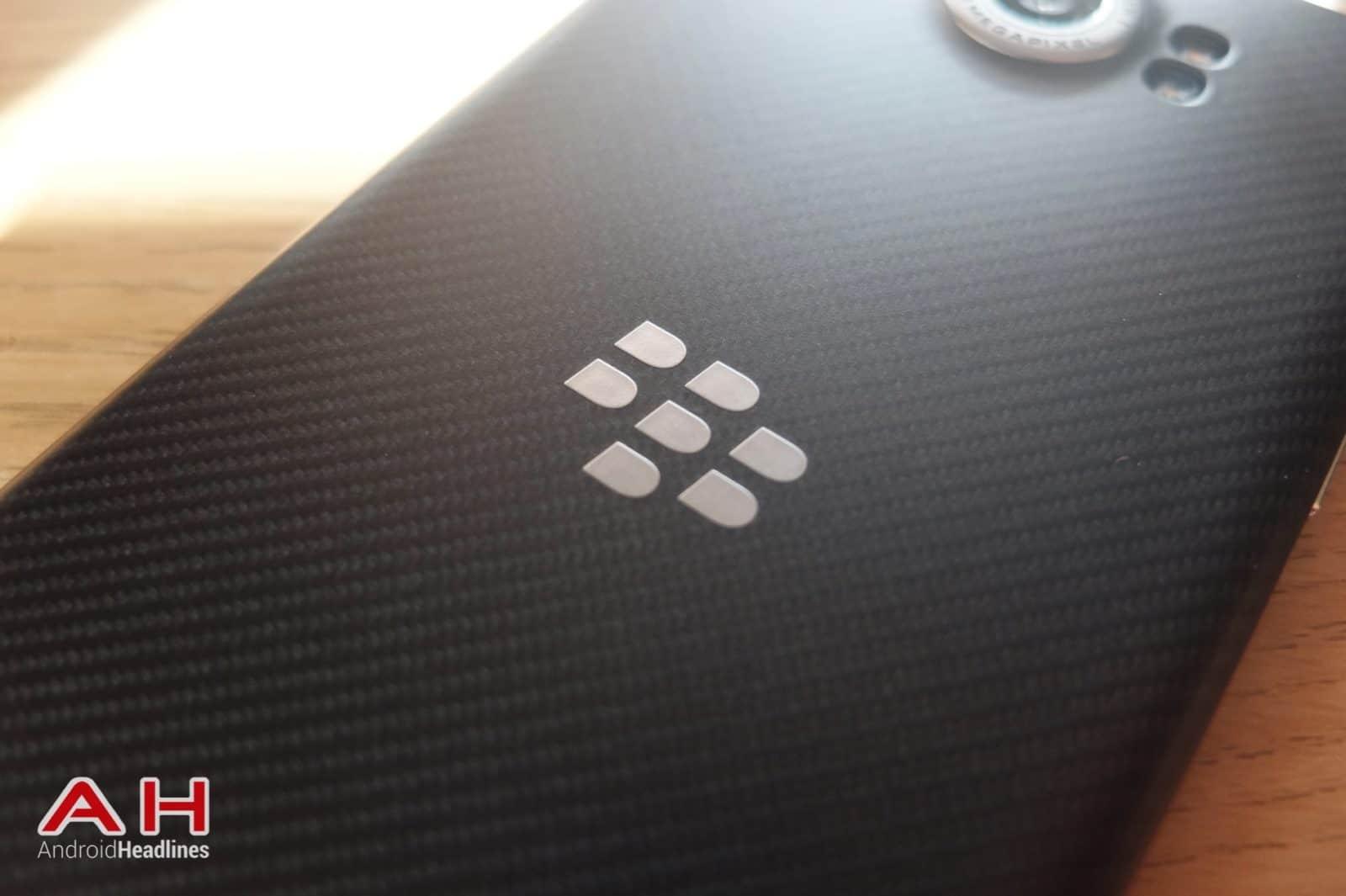 BlackBerry Logo AH 03