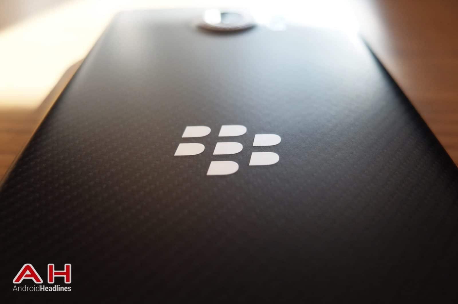 BlackBerry Logo AH 04