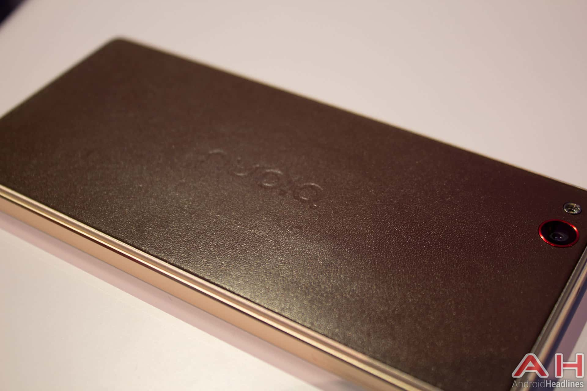 Nubia Z9 Limited Edition Leather AH 8