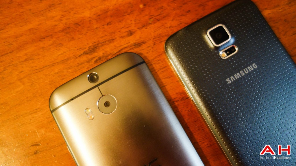 Samsung-Galaxy-S5-vs-HTC-One-M8-AH-3