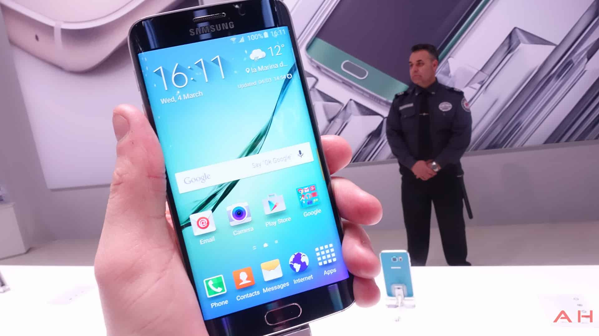 Samsung-Galaxy-S6-Edge-AH-14