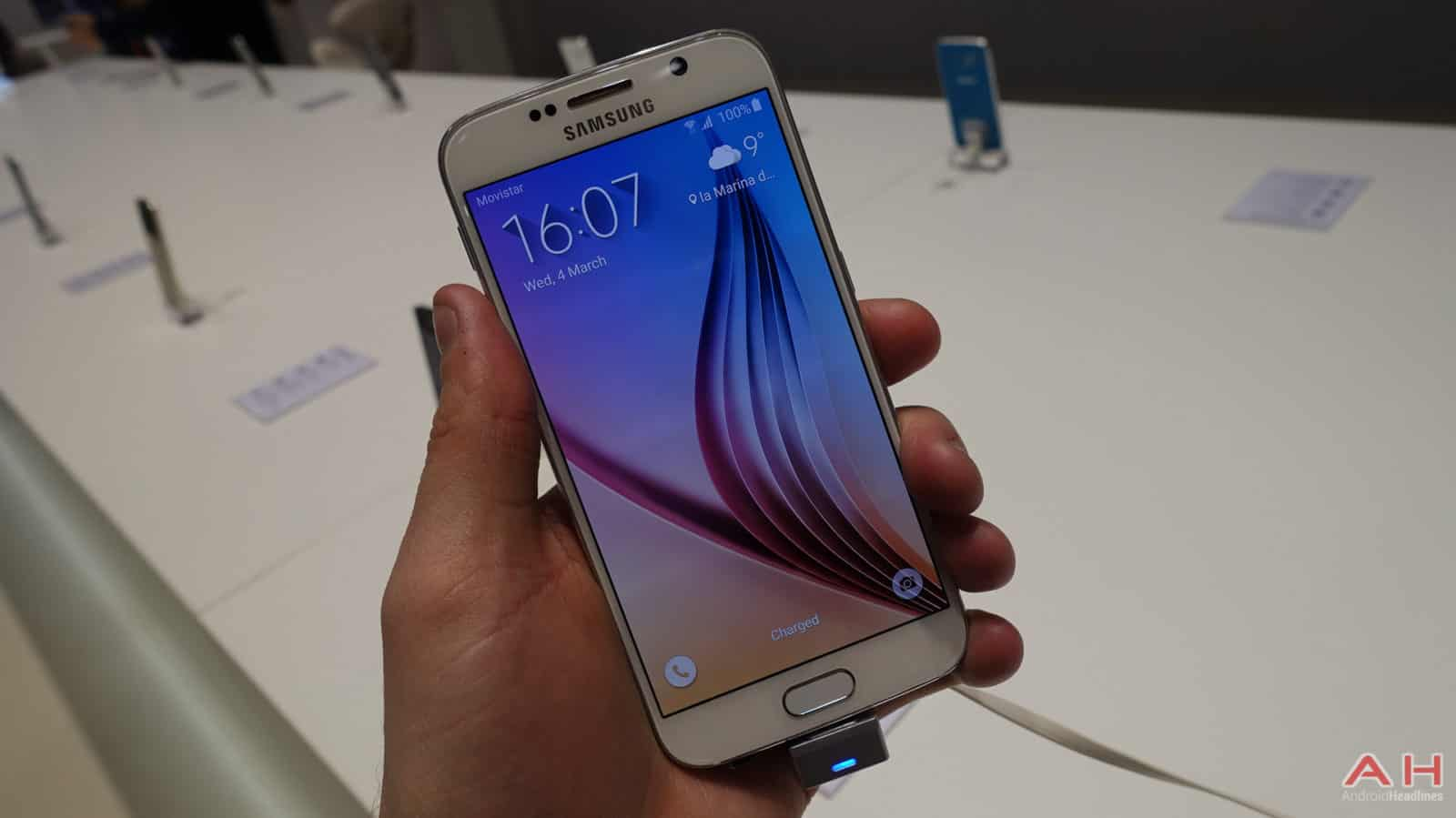 Samsung-Galaxy-S6-Edge-AH-2