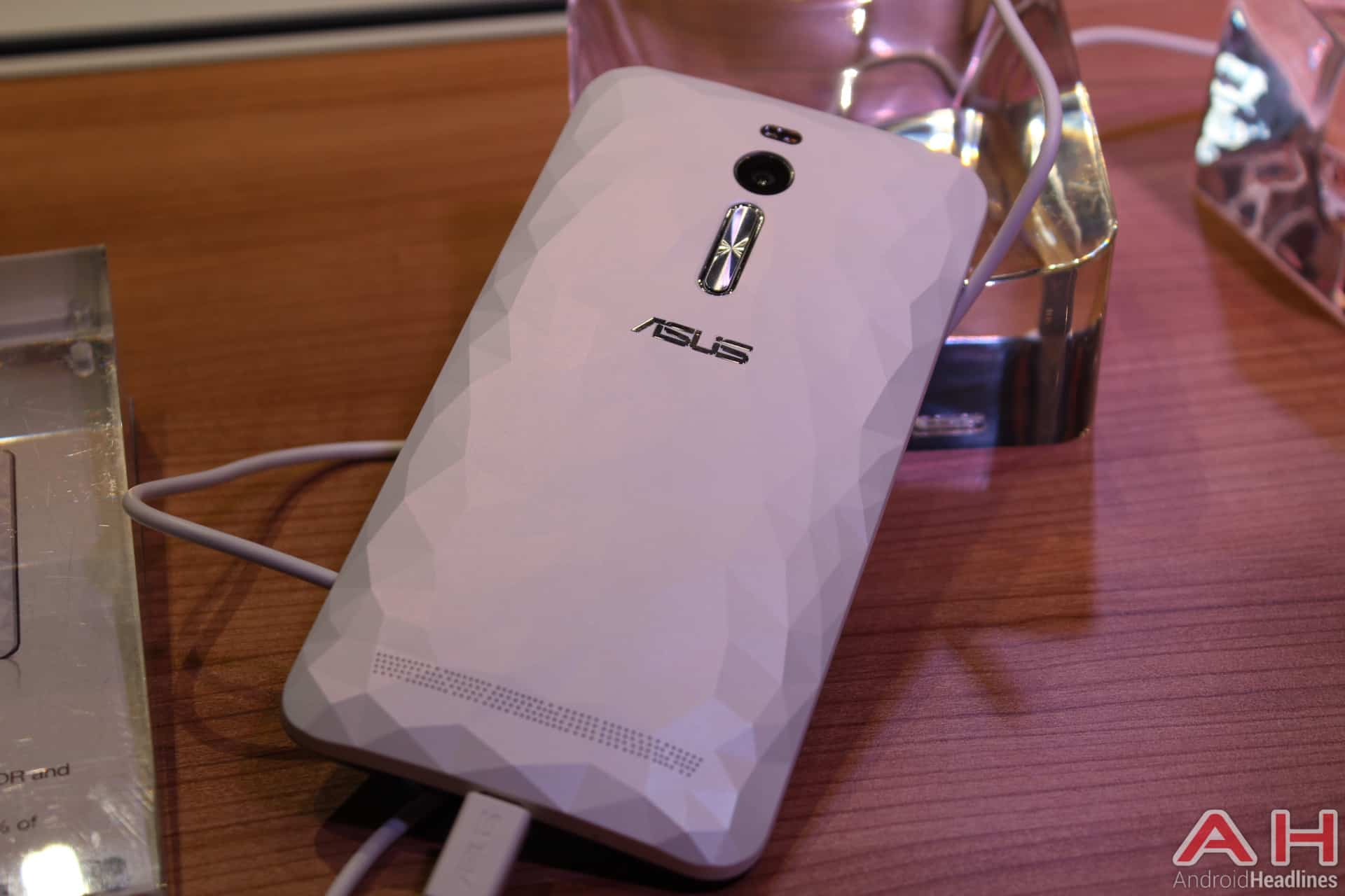 ZenFone 2 Deluxe IFA 3