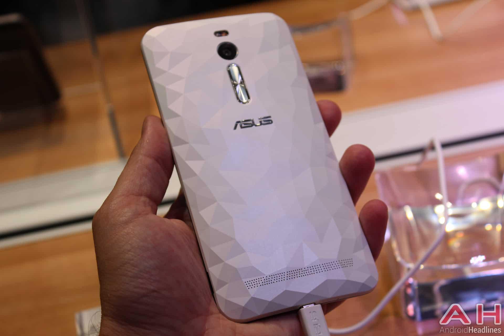 ZenFone 2 Deluxe IFA 4