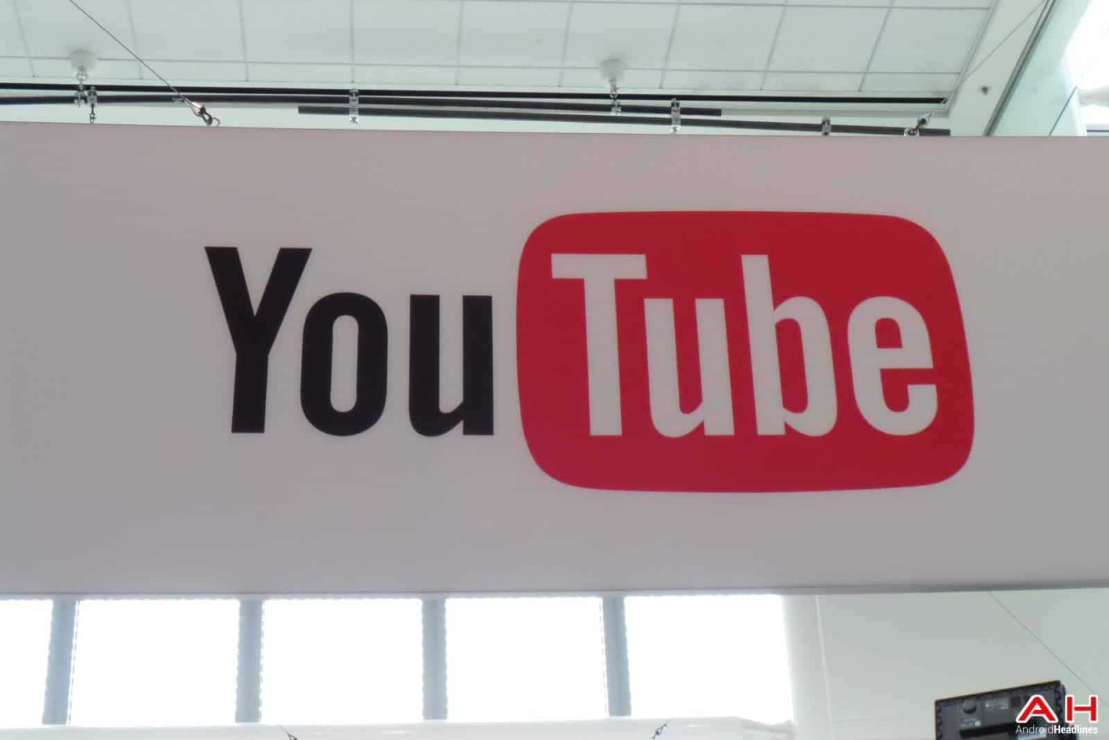 AH Google IO-1427 Youtube logo and isgn