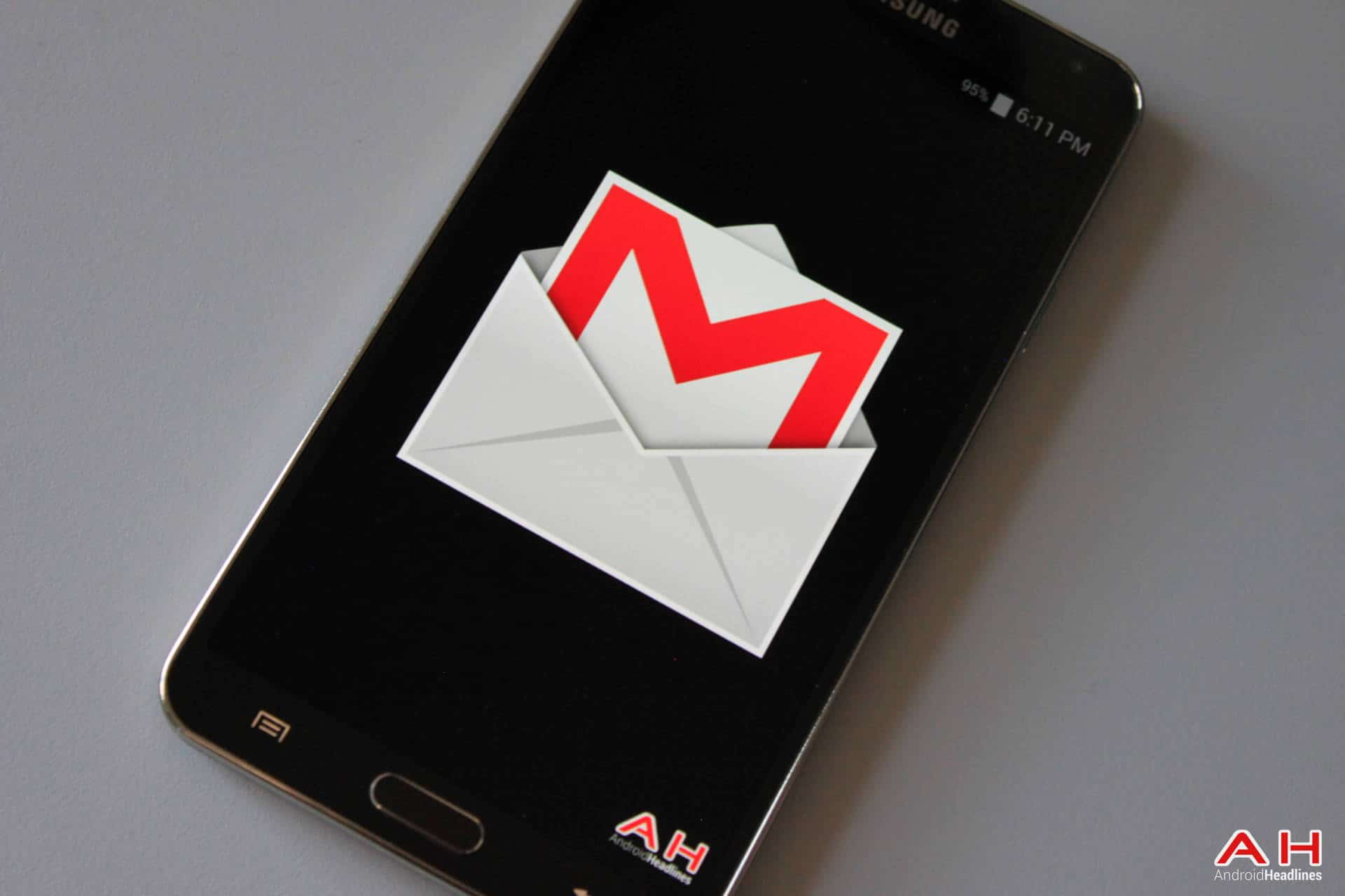Gmail mobile theme - Google Improve Gmail Theme Emoji Support