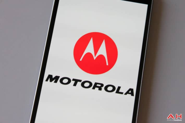 Unknown Motorola Device Stops By The FCC
