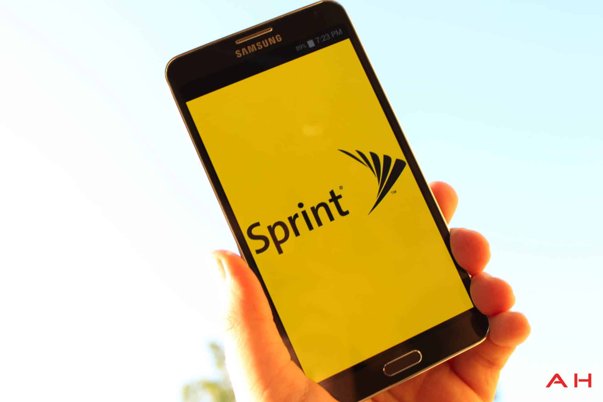 Sprint Sides With T-Mobile Against Data Roaming Dispute With Verizon and AT&T
