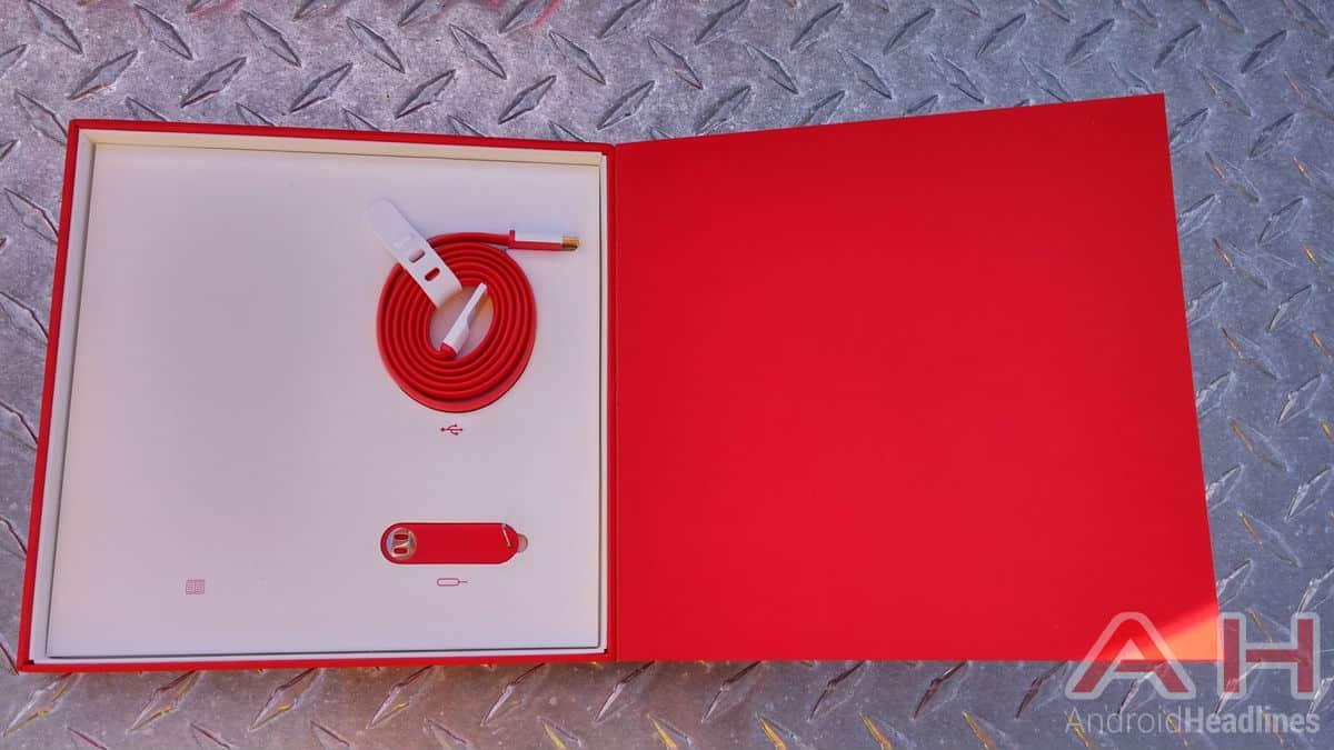 OnePlus One Box Inside
