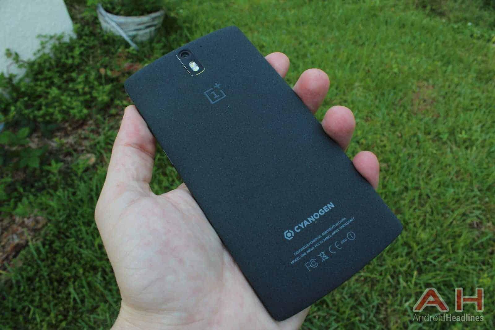 OnePlus One holding back