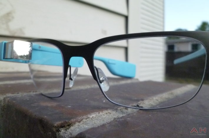 A Guy's Google Glass Is Allegedly Stolen But Somehow Manages To Keep Recording