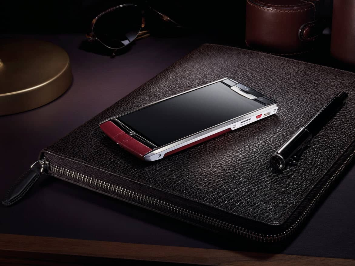 Vertu Smartphone Main