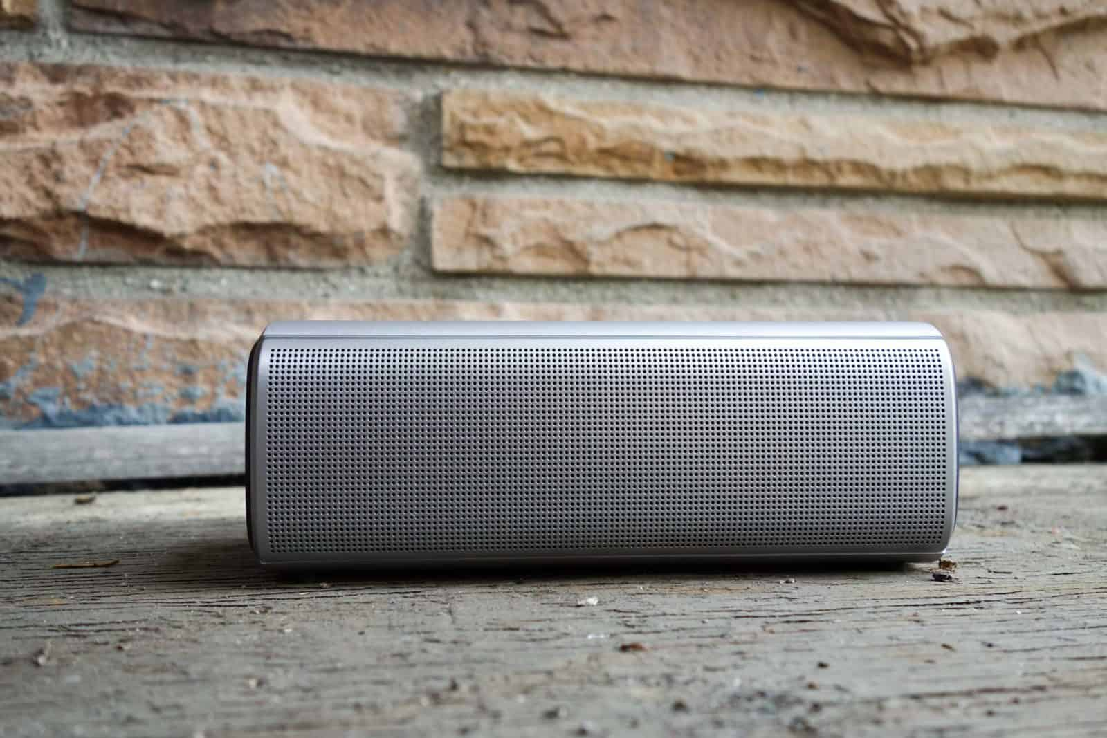 Dell-Portable-Bluetooth-Speaker-AH-2