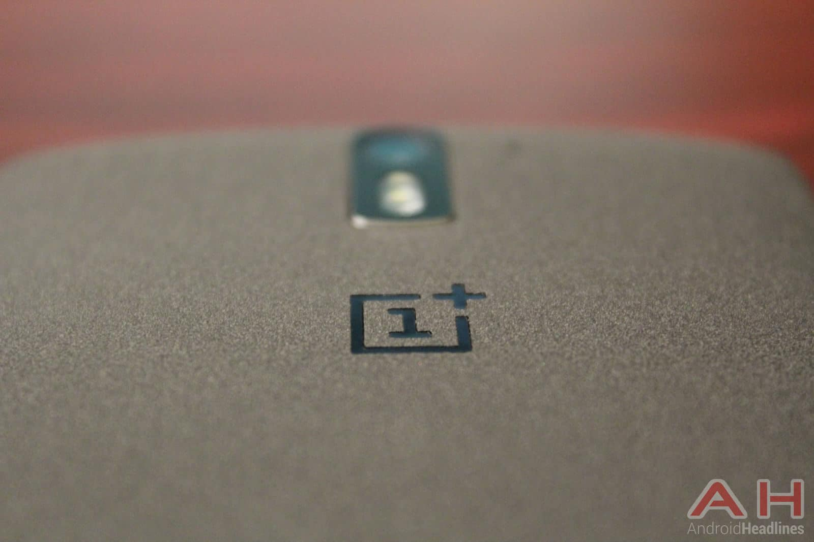 OnePlus-One-logo-camera