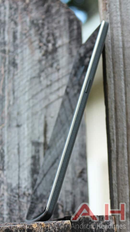 OnePlus One side