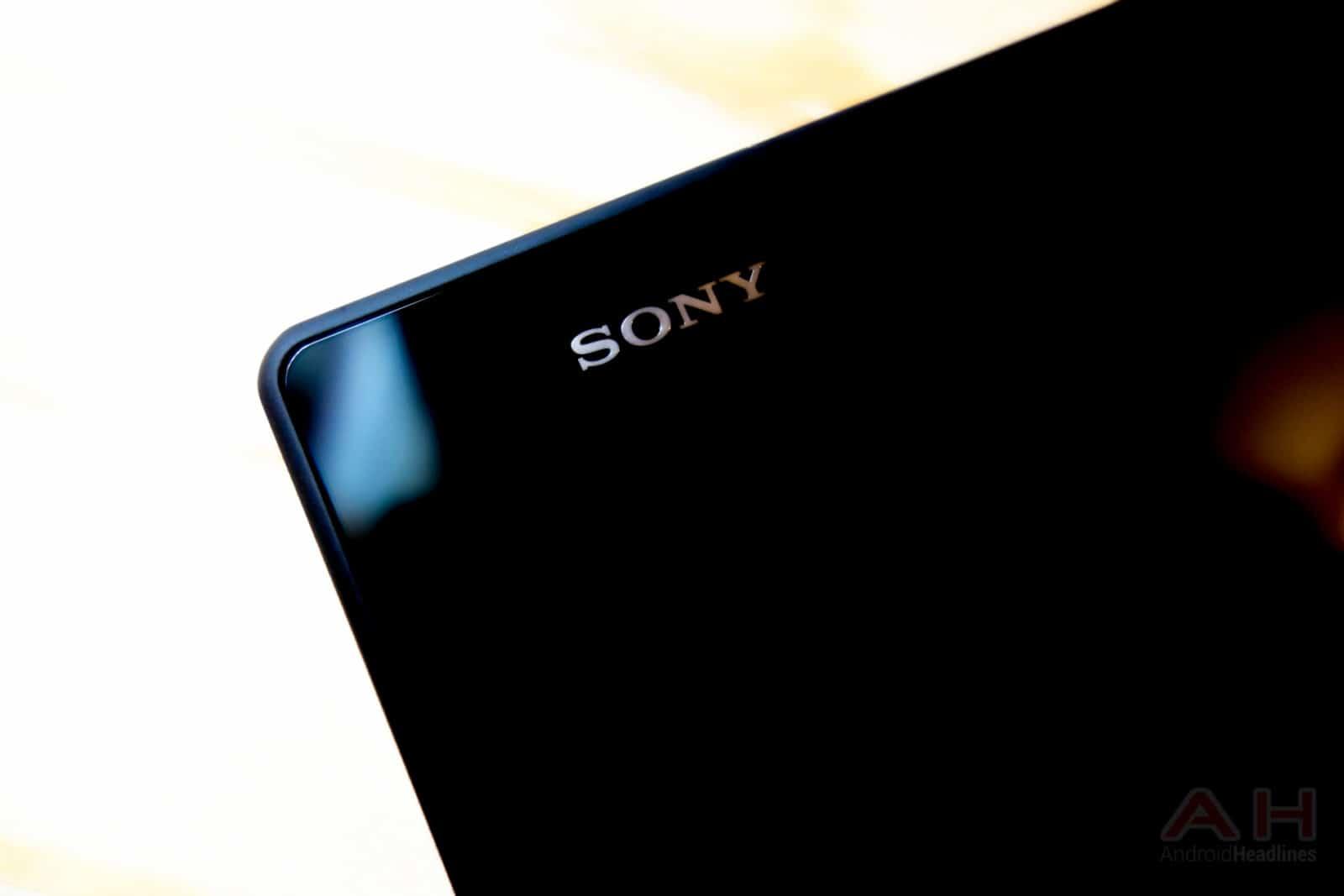 Sony-Xperia-Z2-Tablet-AH-1