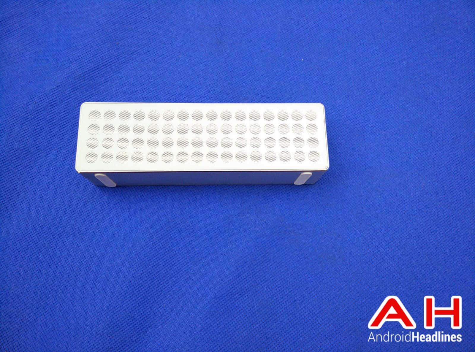 mpow mbox bluetooth speaker2