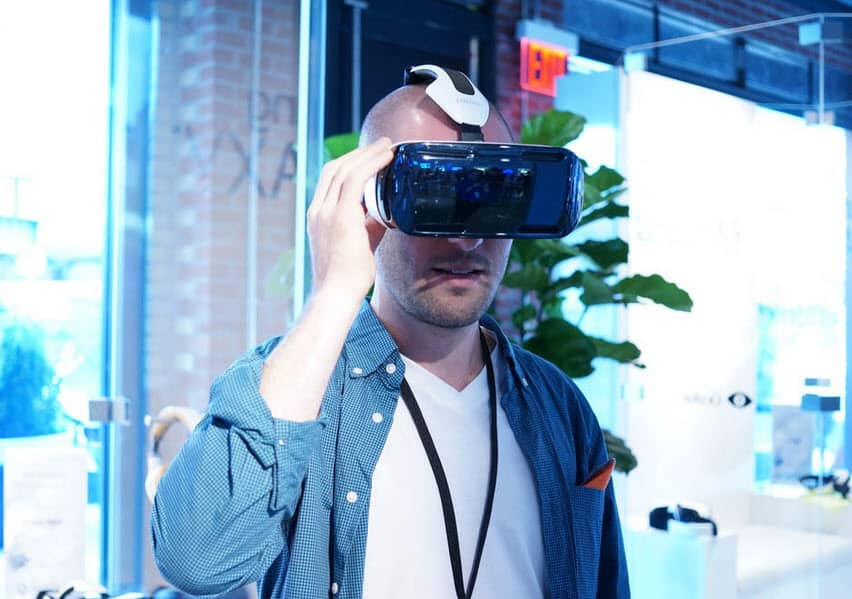 Samsung Gear VR With Person