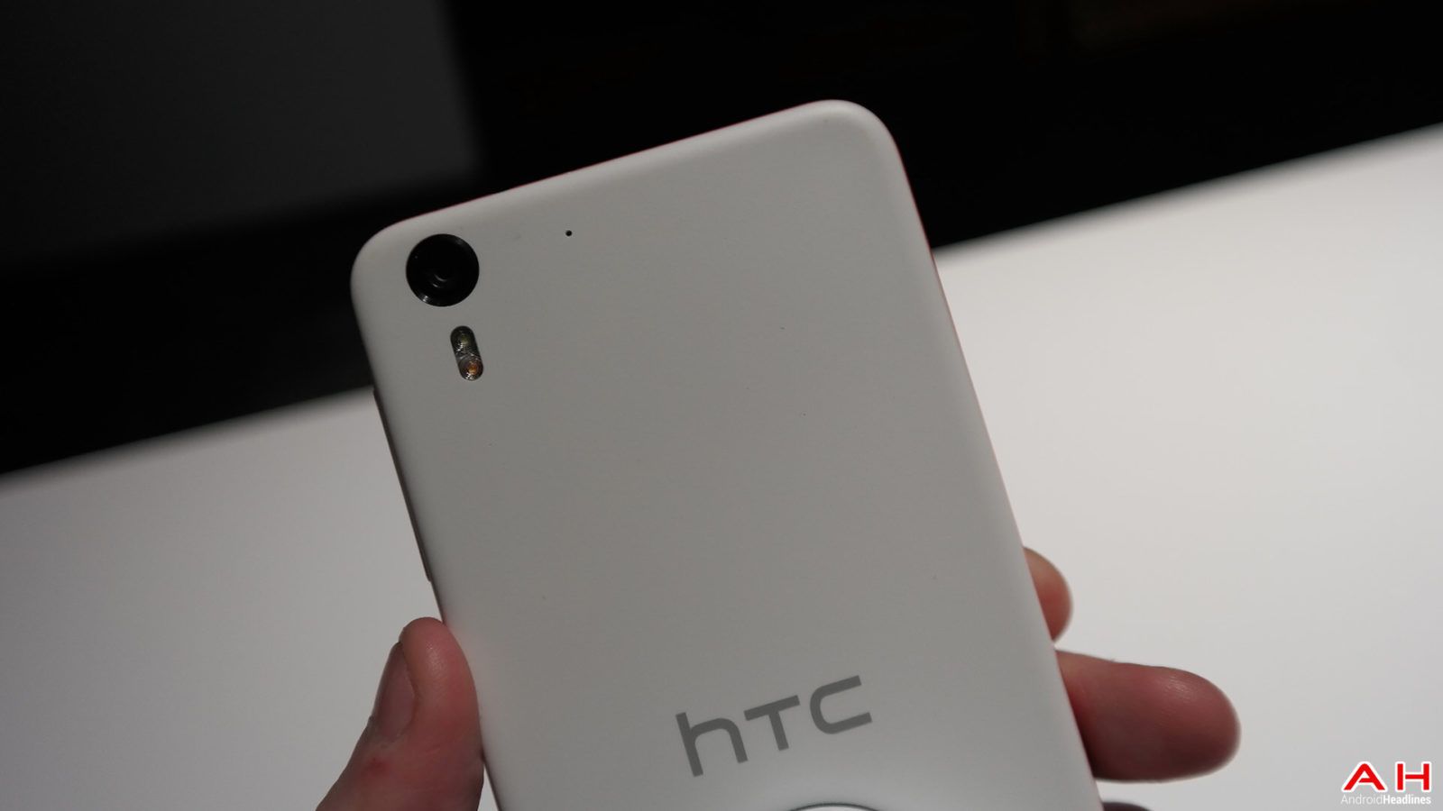 AH HTC DESIRE EYE LOGO 1.13