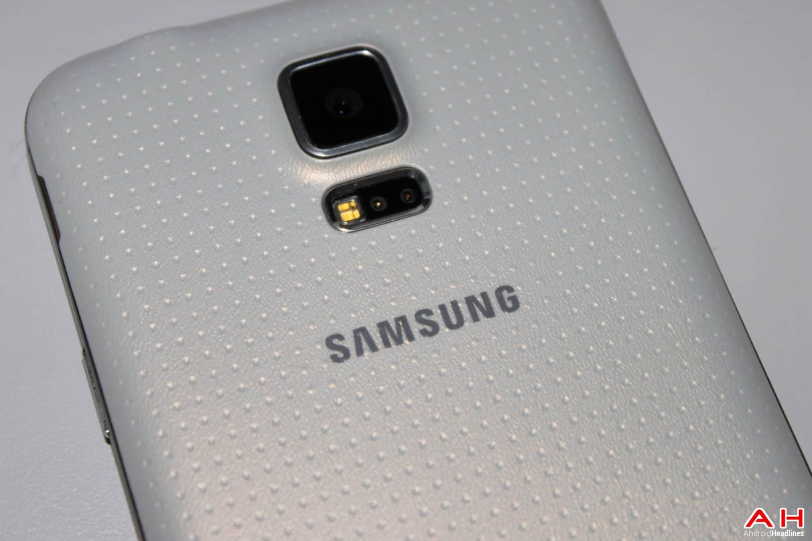 AH Samsung Galaxy S5 -14 LOGO