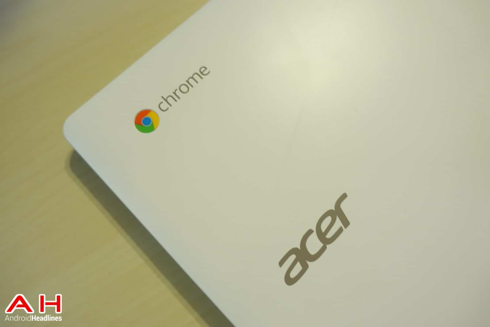 Acer-Chromebook-13-Review-AH-12