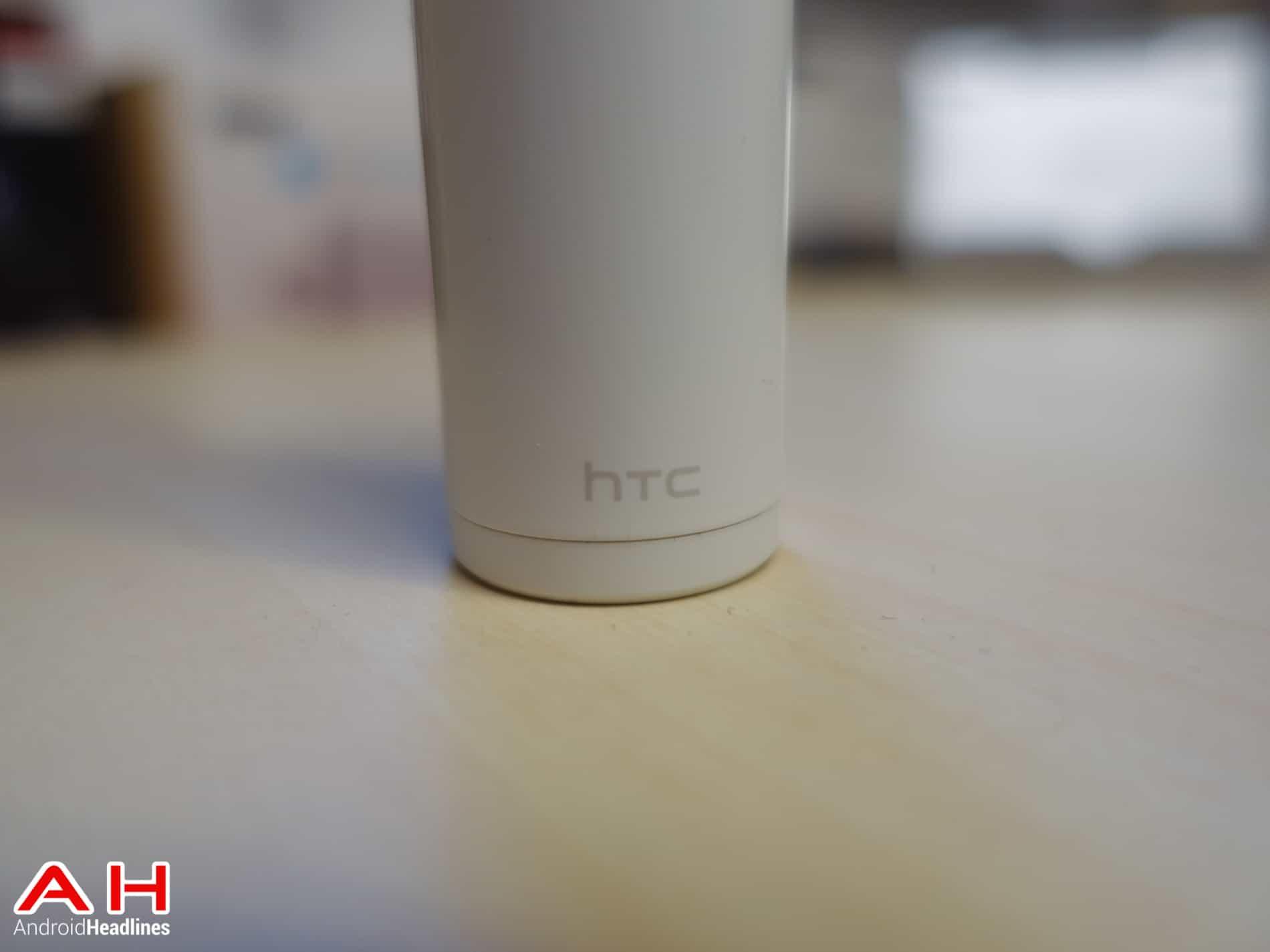 HTC-Re-Camera-AH-2