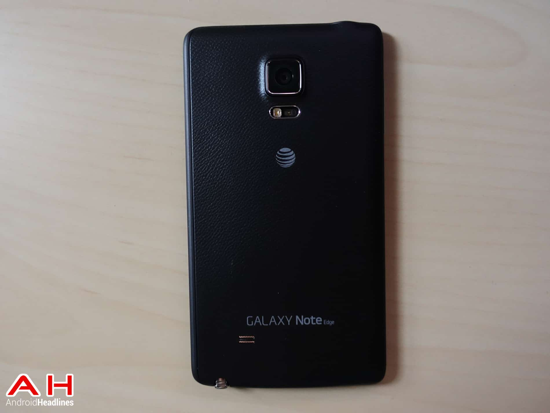Samsung-Galaxy-Note-Edge-AH-7