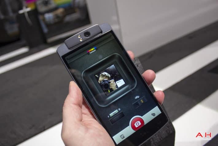 CES2015: Hands On With The Polaroid Selfie