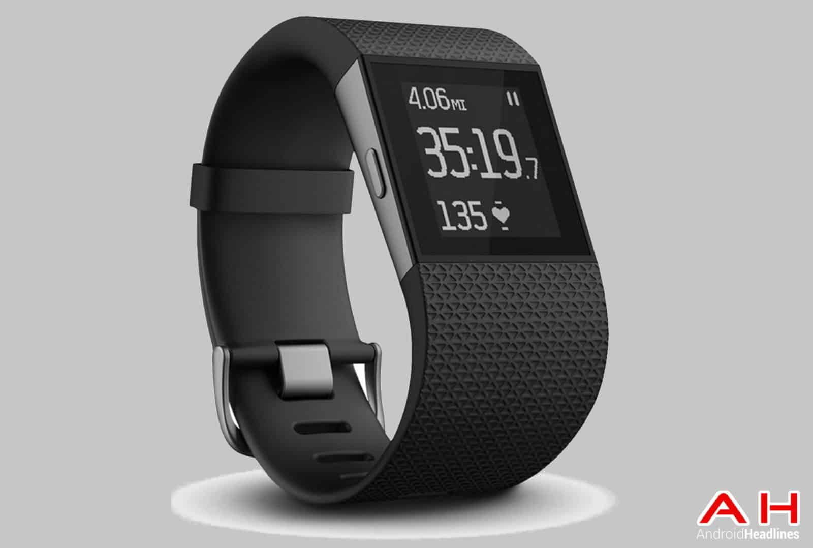 Fitbit Surge Fitness Tracker cam AH