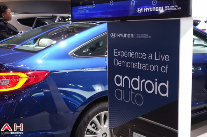 Android Auto: Is it Safer than Picking up your Phone and Looking at it?