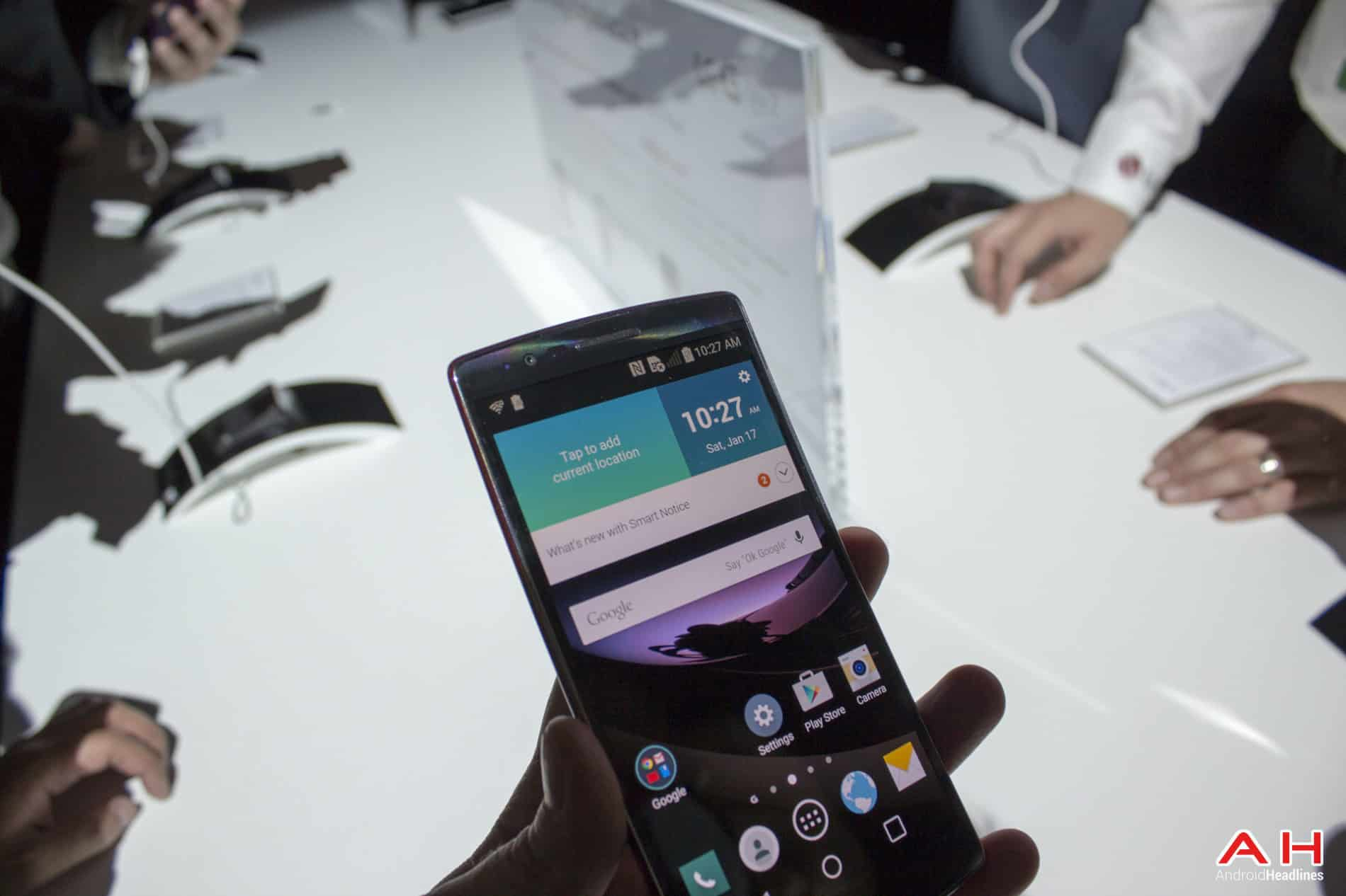 LG G Flex 2 Hands On AH 6