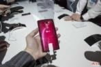 LG G Flex 2 Hands On AH 8