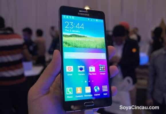 Samsung Galaxy A7 (soyacincau)_4