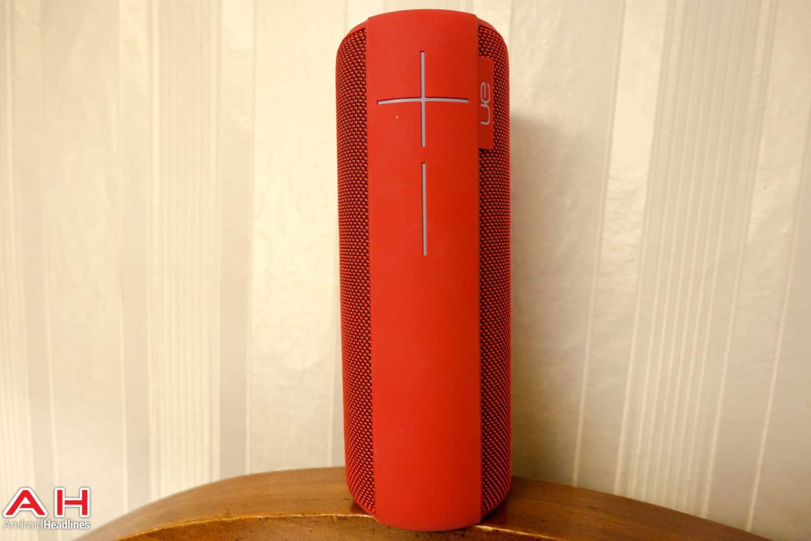 UE-MegaBoom-Speaker-AH-02947