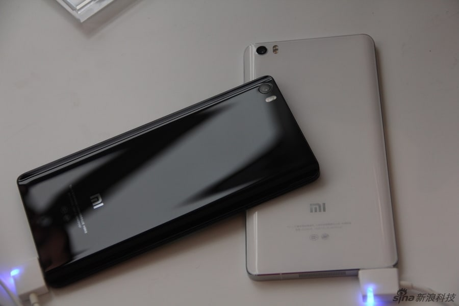 Xiaomi Mi Note and Mi Note Pro hands on Sina Technology 23