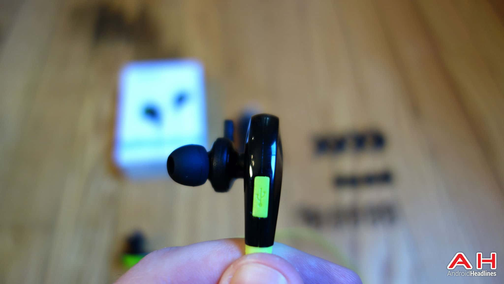 mpow swift bluetooth headphones4