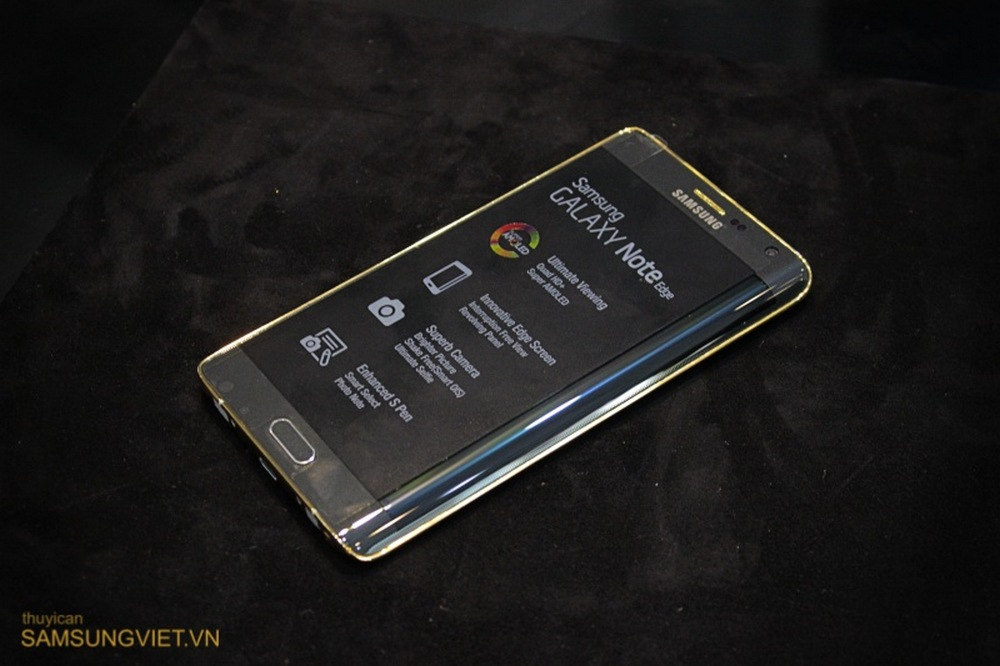 The Gold-Plated Galaxy Note Edge Shows Its Face Again In A ...