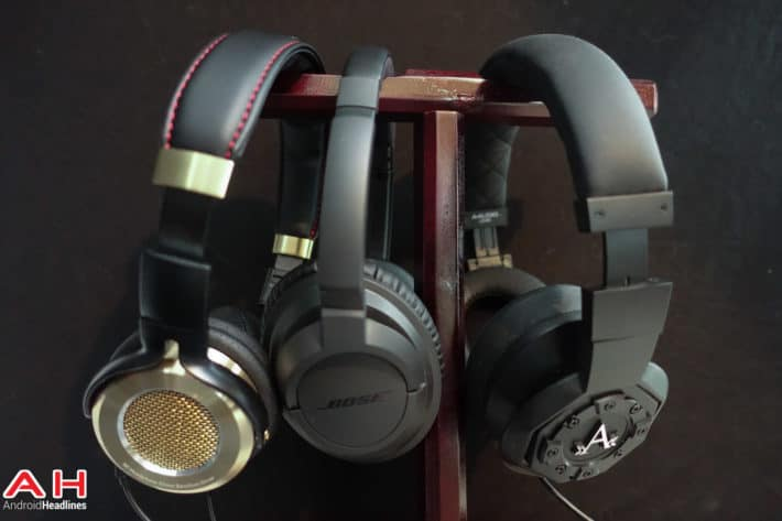 Featured: Top 10 Best Headphones – February 2015