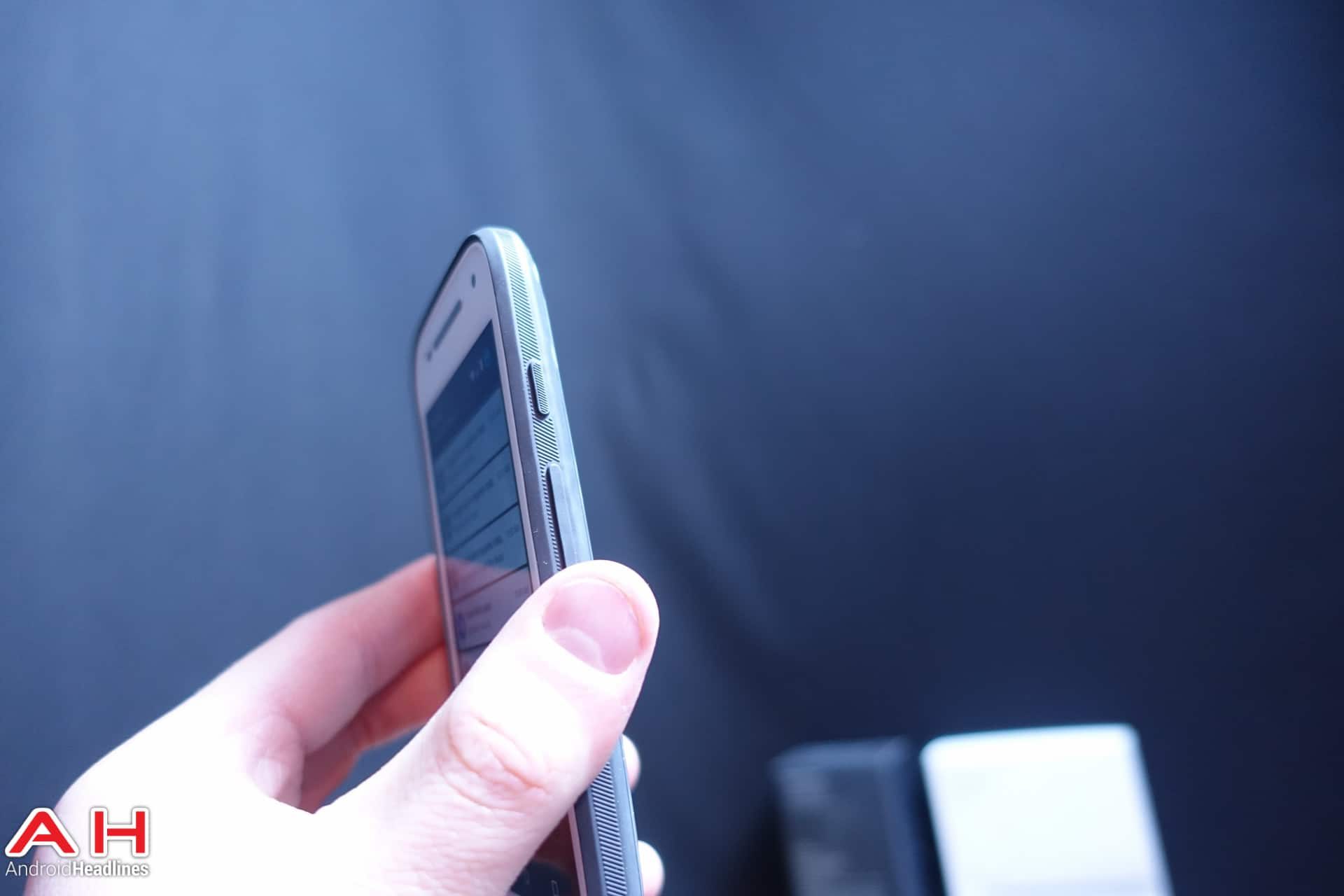 Moto E 4G LTE AH 03980