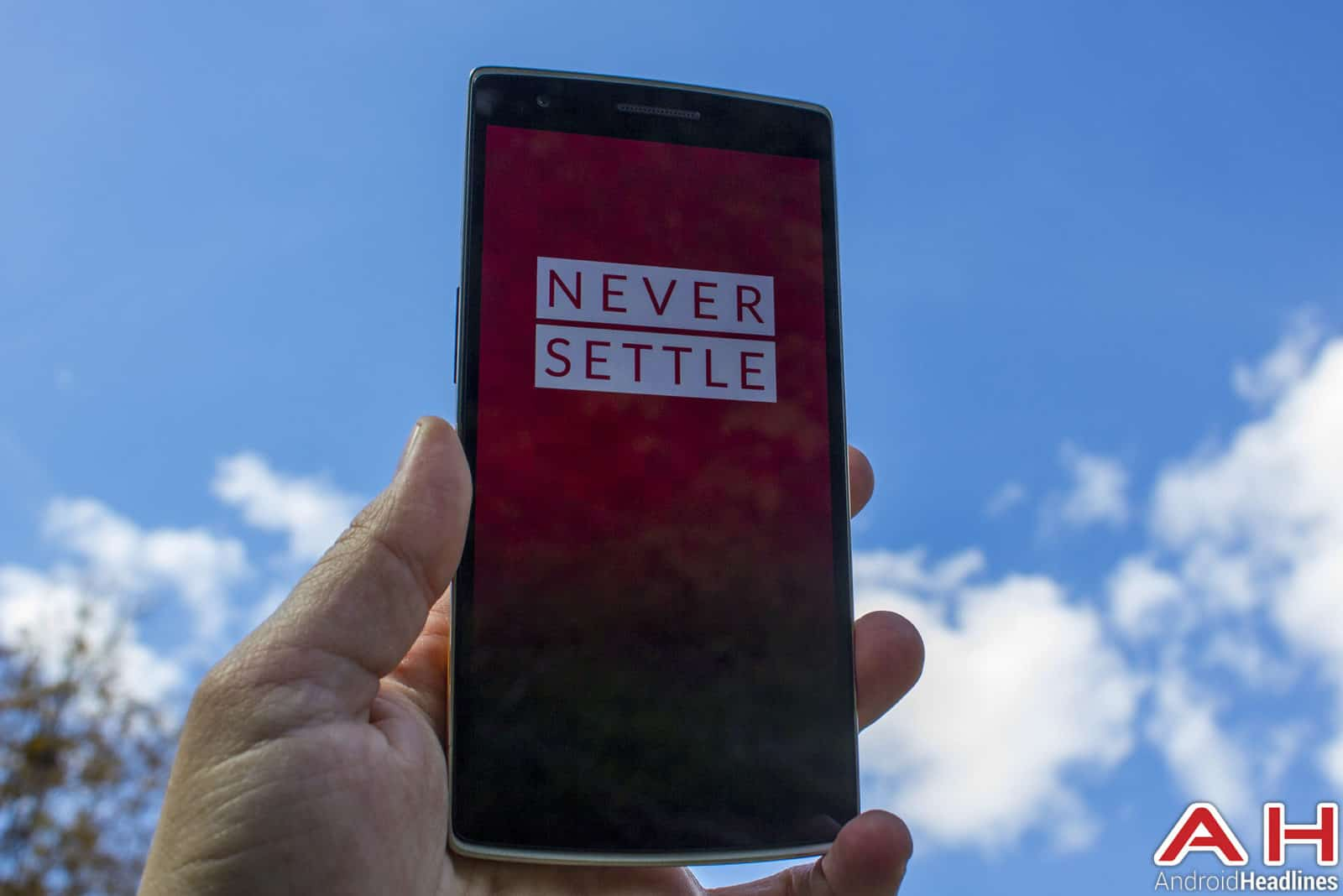 OnePlus-One-Never-Settle-02