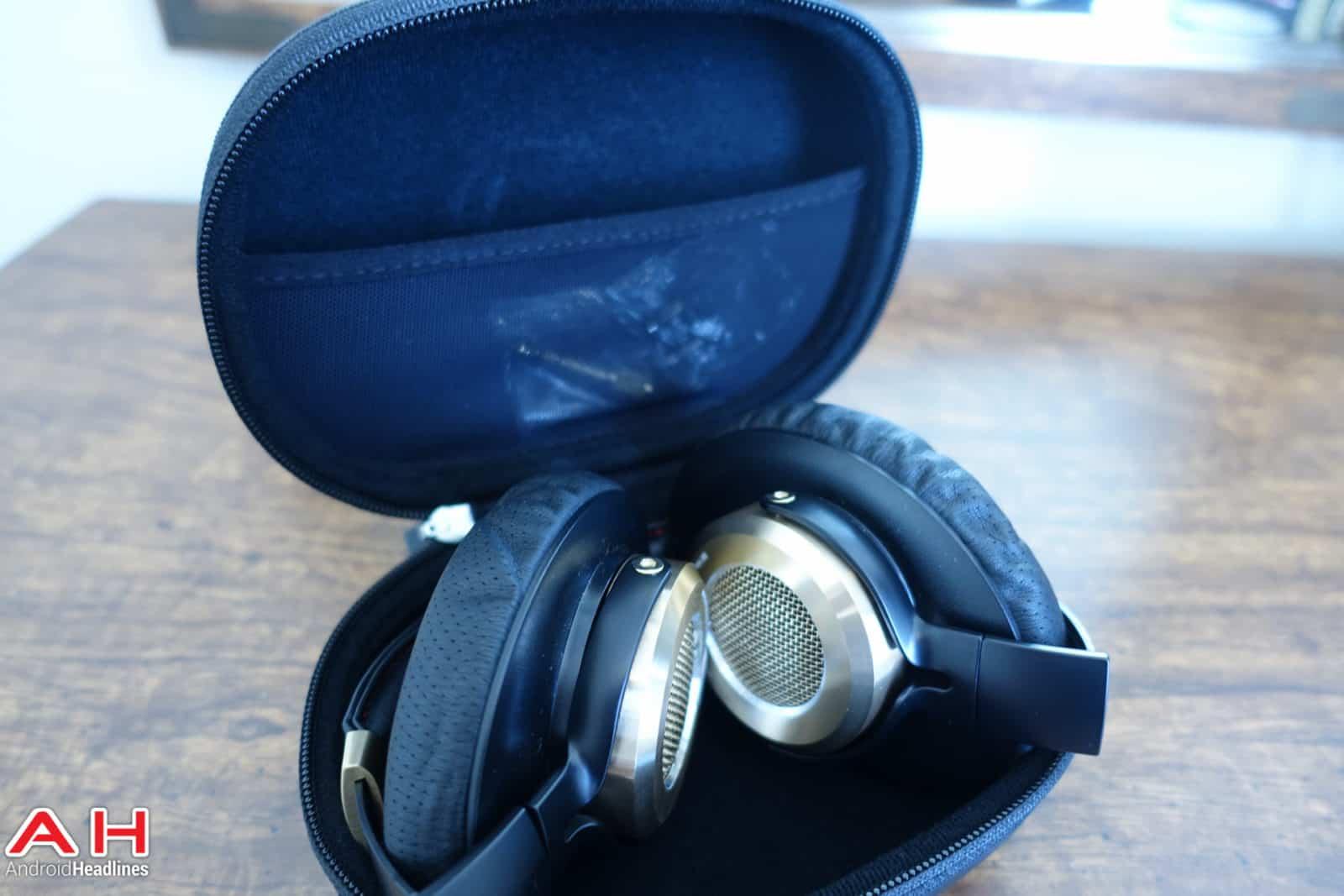 Xiaomi-Mi-Headphones-AH-03757