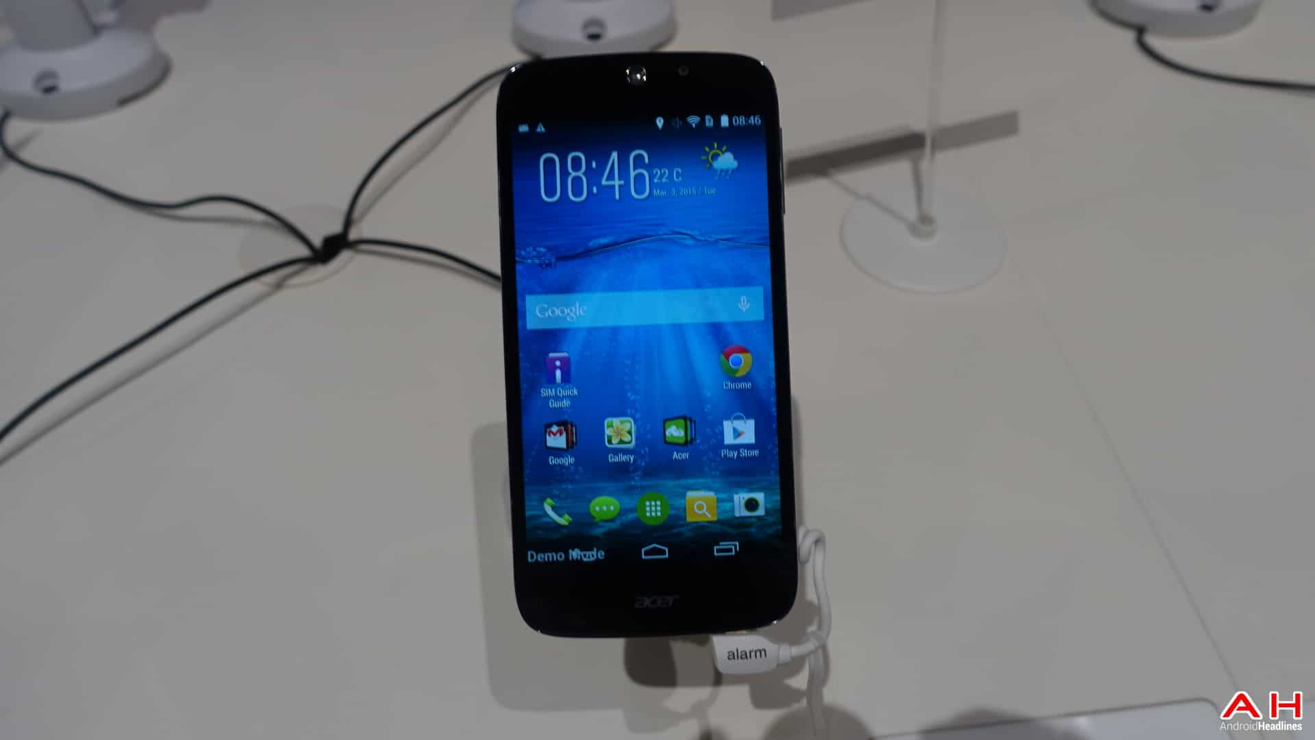 AH ACer Liquid Jade Hands On-4