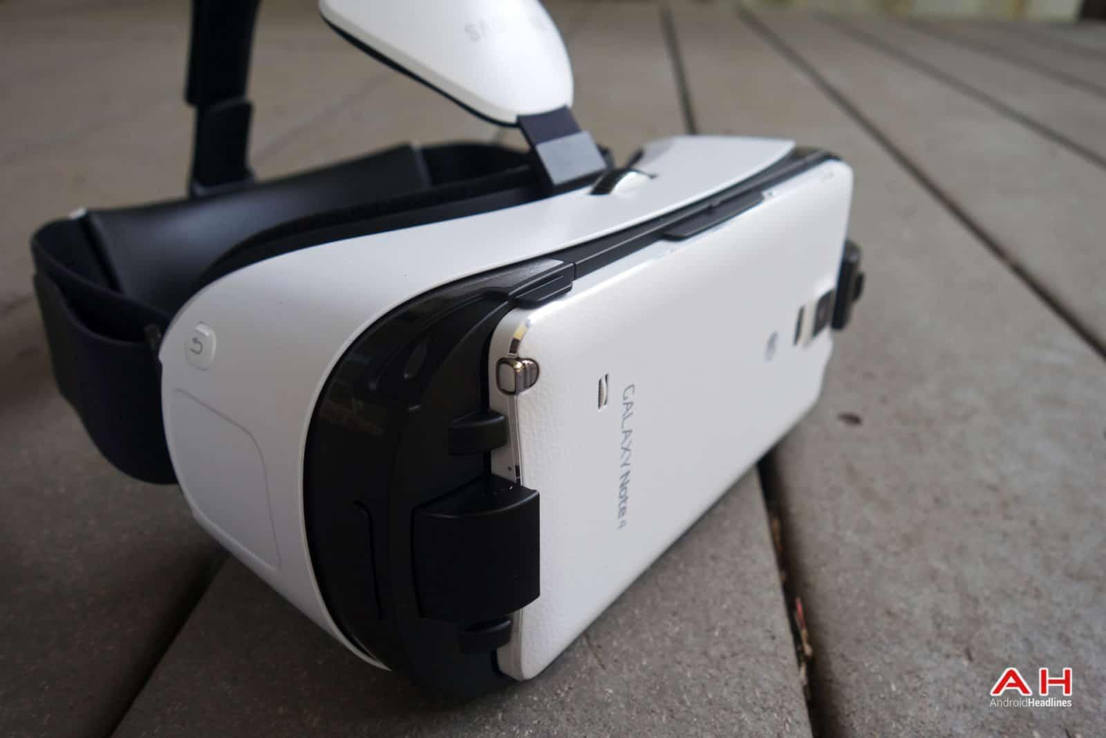 AH Samsung Gear VR-13