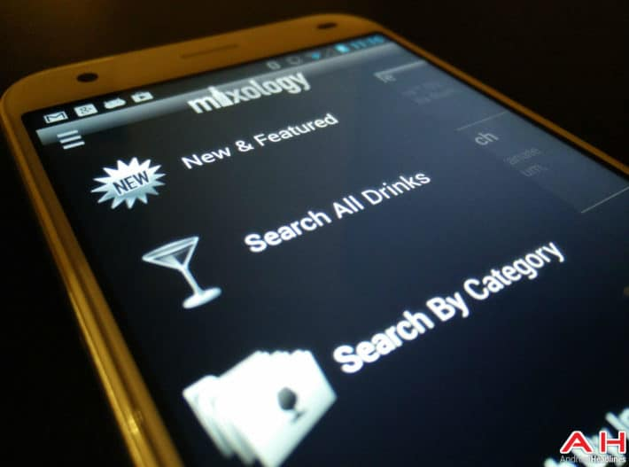 Featured: Top 10 Drink Mixing Apps For Android