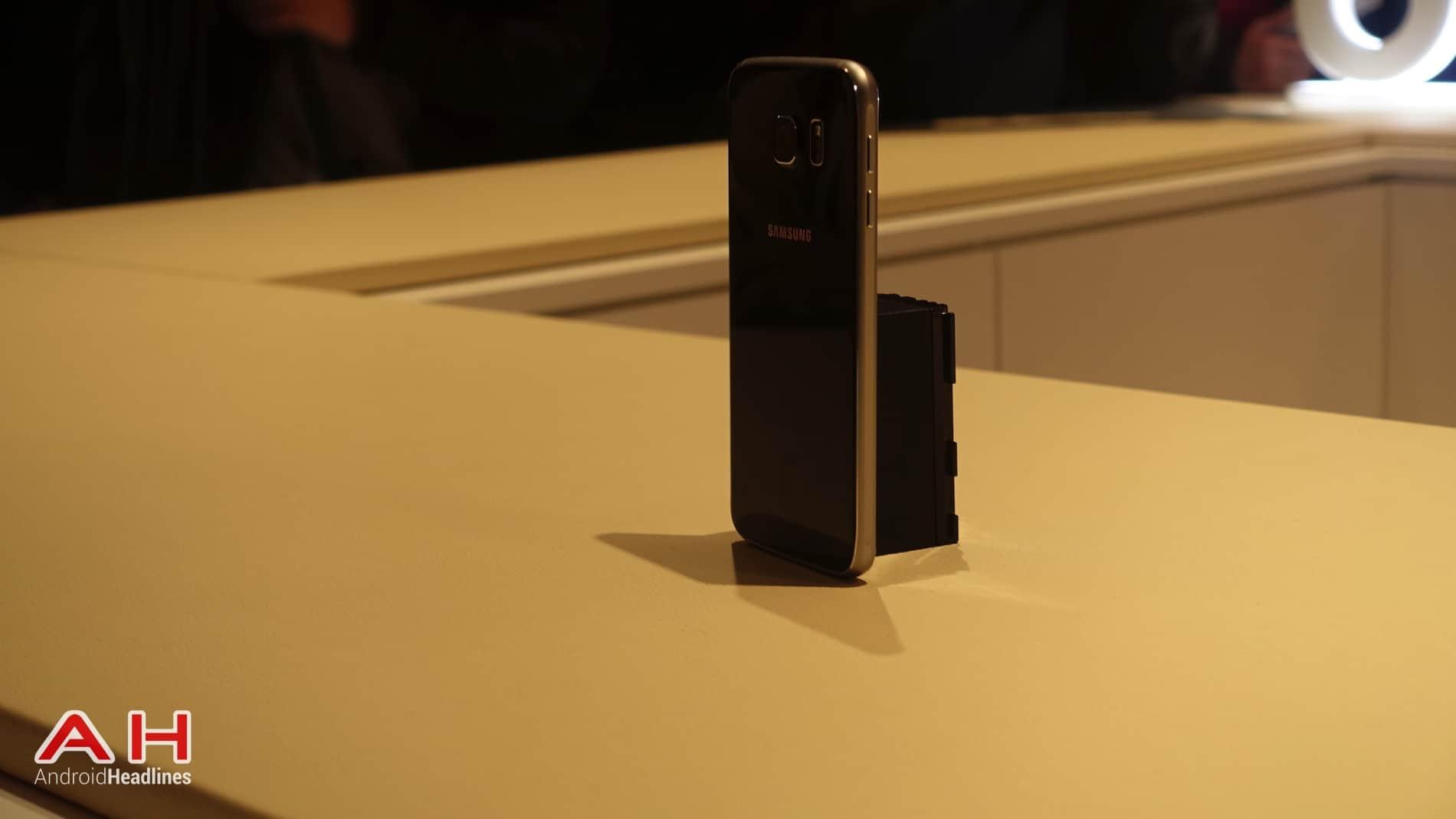 Galaxy S6 S6 Edge Hands On AH 10
