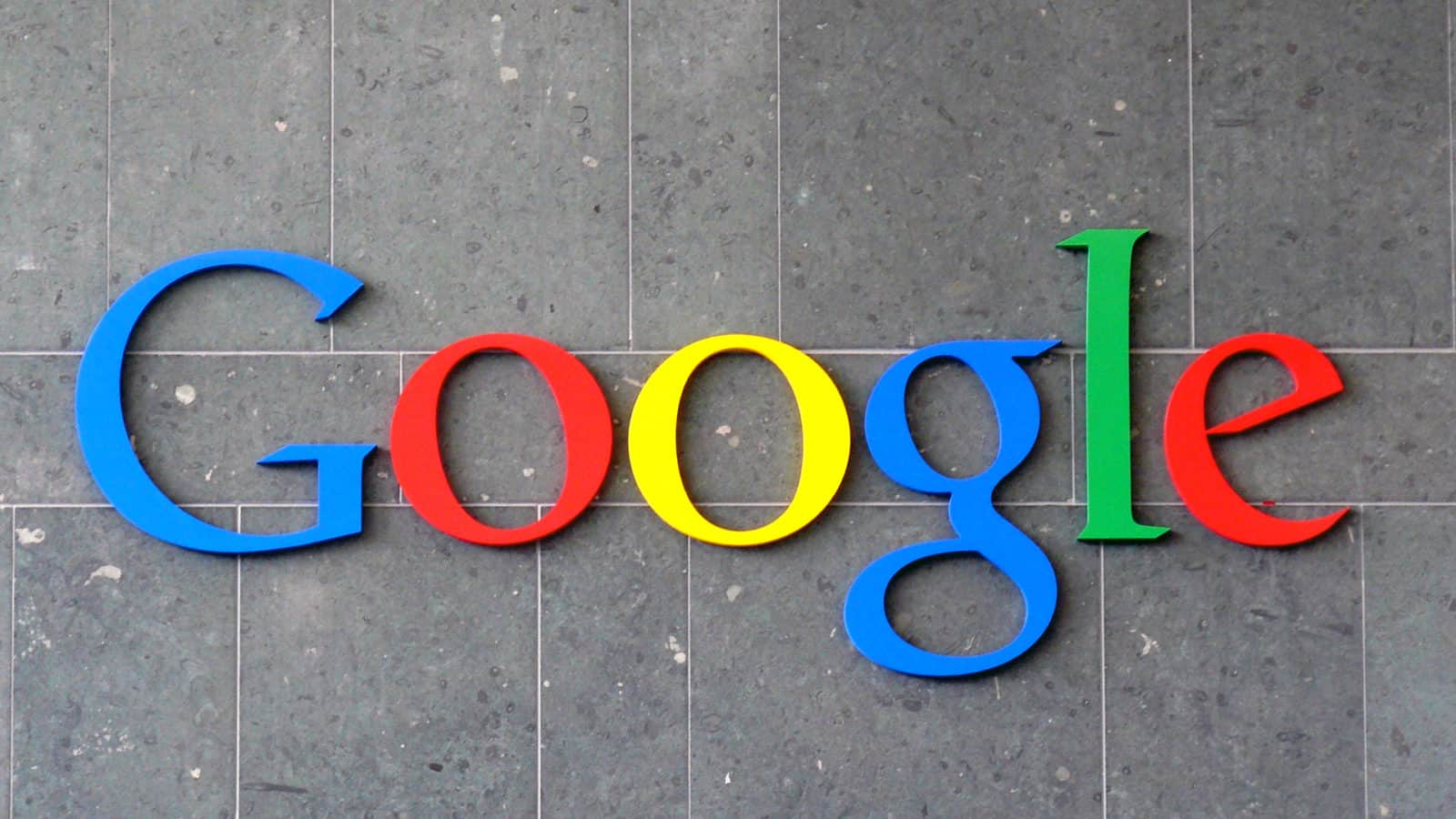 Google Logo Stone Wall