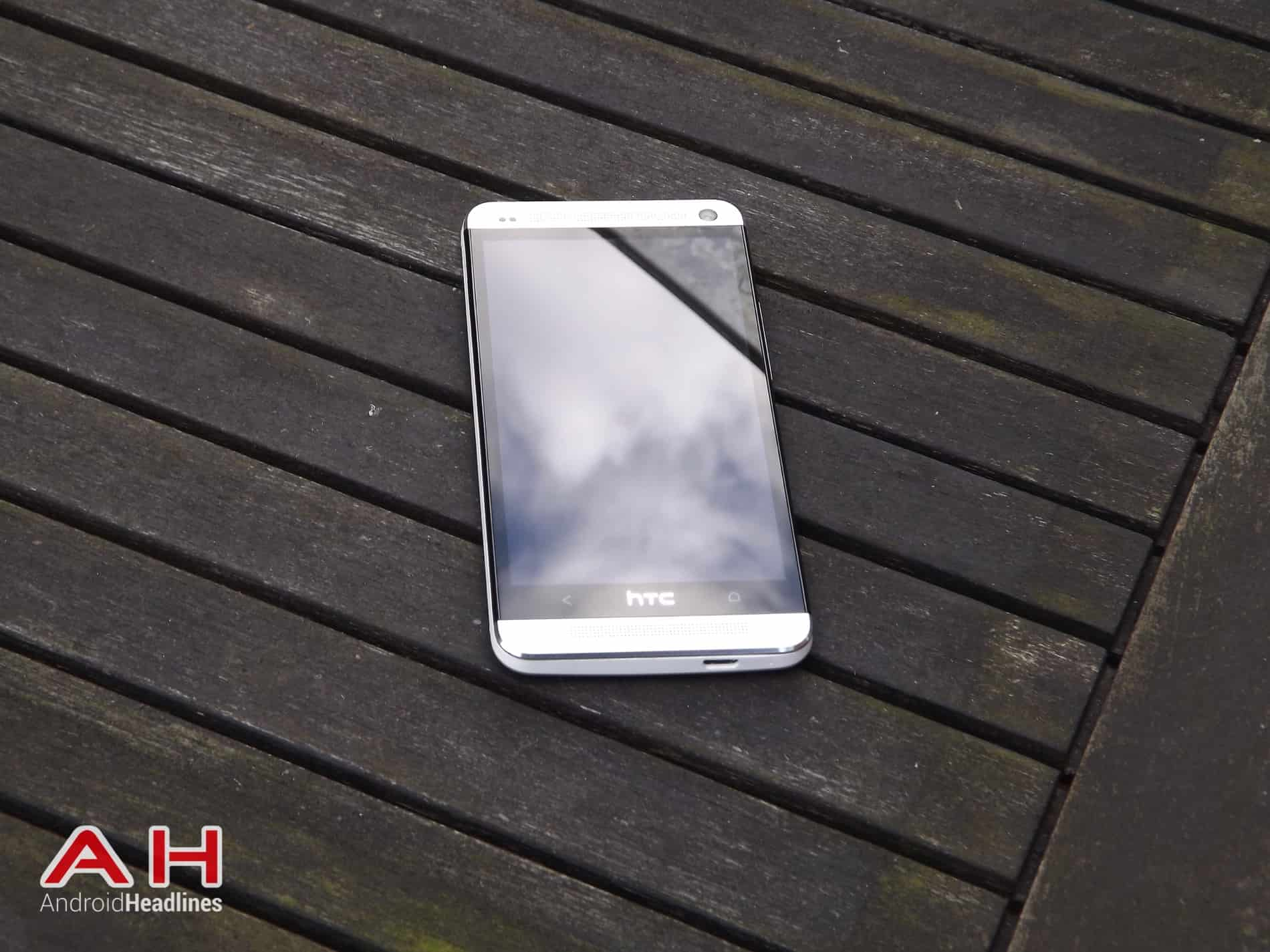 HTC One M7 HD AH 20