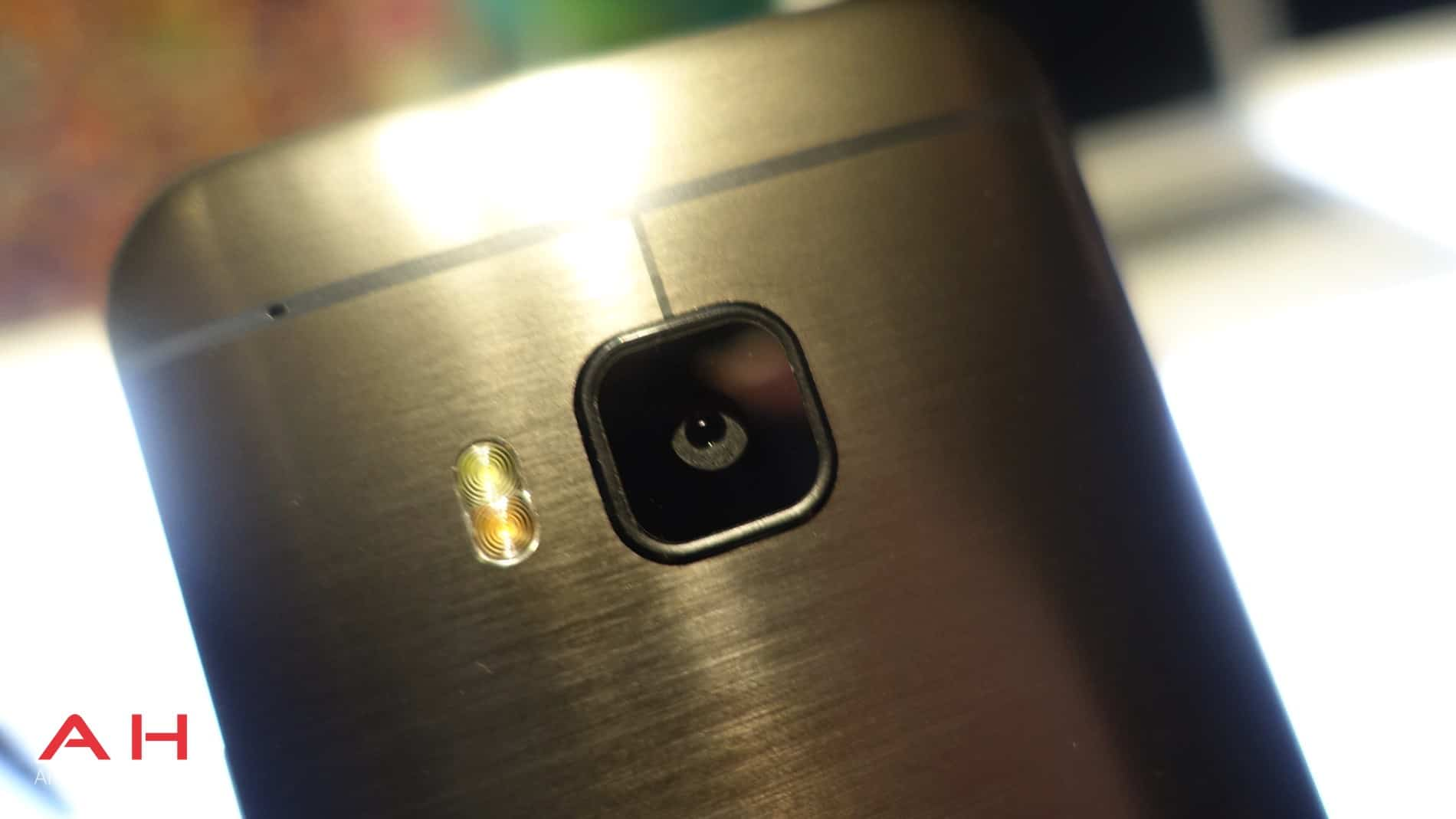 HTC One M9 Hands On AH 17