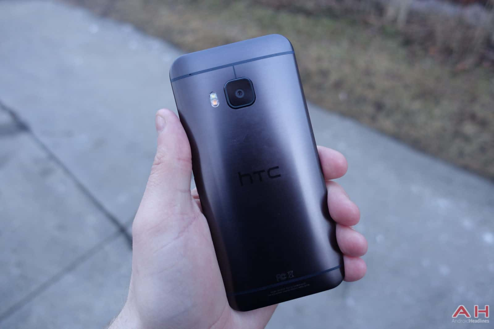 HTC-One-M9-Review-AH-5