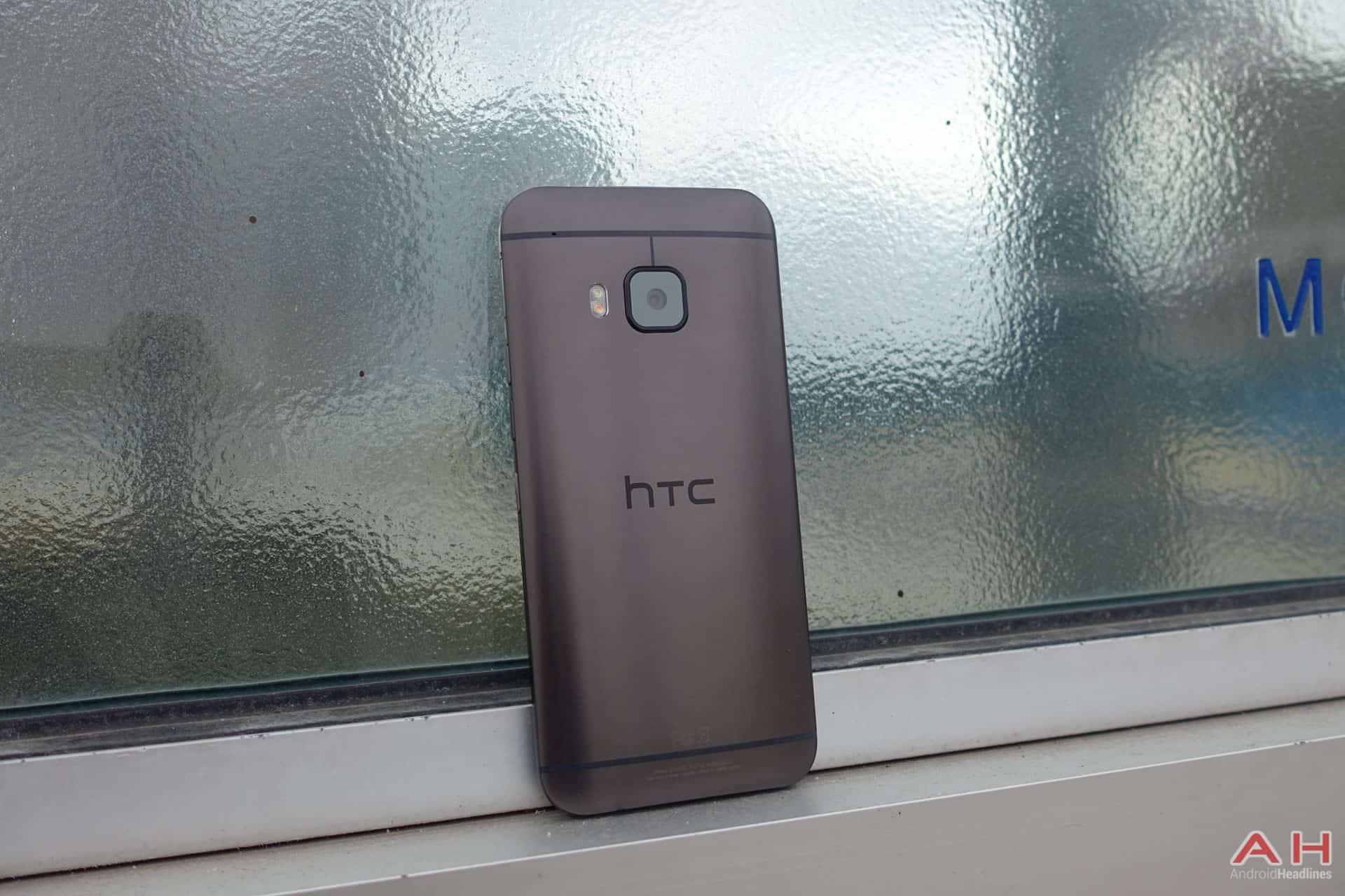 HTC-One-M9-Review-AH-55
